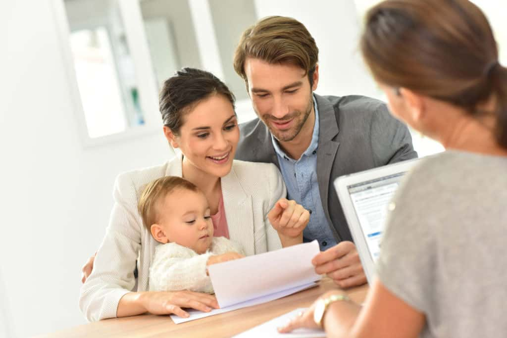 47872872 - family meeting real-estate agent for house investment